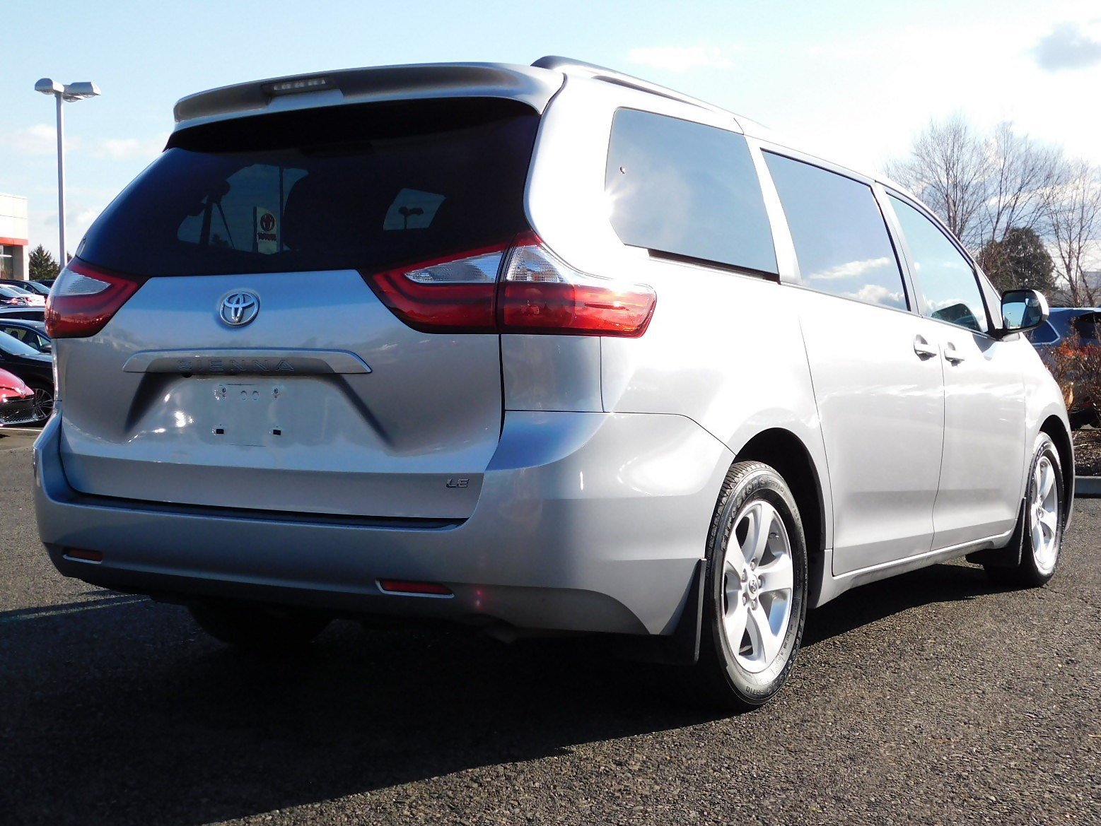 Certified Pre-Owned 2017 Toyota Sienna LE