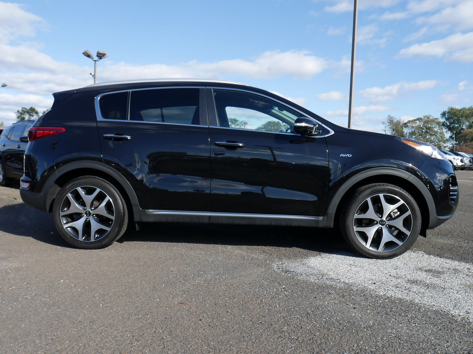 Pre-Owned 2017 Kia Sportage SX Turbo